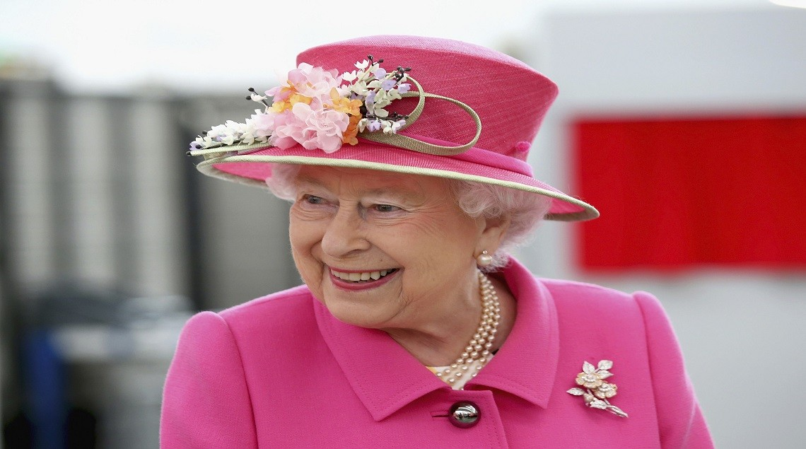 "2016 04 20T120818Z 1901228732 LR1EC4K0XPJT1 RTRMADP 3 BRITAIN ROYALS QUEEN - بسبب كورونا.. ثروة الملكة ""إليزابيث"" تنخفض بمقدار 20 مليون جنيه إسترليني"