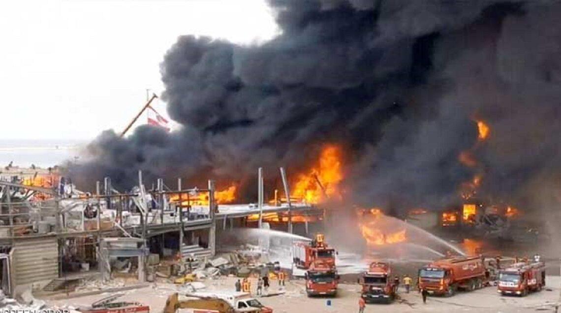 19 2020 637353399938493057 849 1140x635 - الدفاع المدني اللبناني يحاول السيطرة على حريق مرفأ بيروت..فيديو