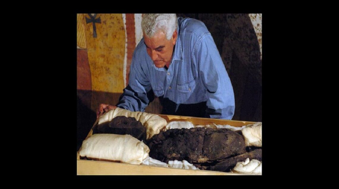 4f848f6a 9ff2 4123 93ca 2f820a7d5d65 1140x635 - عالم الآثار الدكتور زاهي حواس سفيرا للسياحة بمنظمة السياحة العالمية