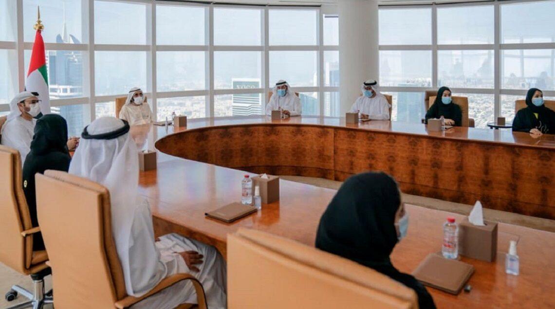 """121227310 3396679820415680 2809870327280812278 n 1140x635 - محمد بن راشد يستقبل فريق شركة """"مارشال إنتك"""" الإماراتية الذي يستعد لإطلاق القمر الاصطناعي """"غالب"""""""