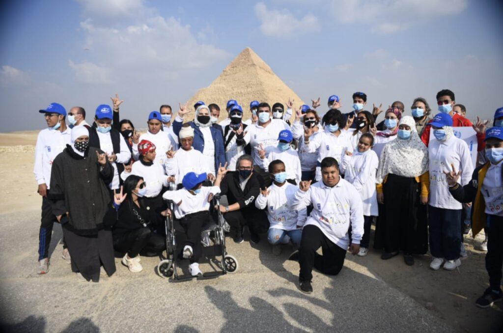 2c69e1f3 5abd 46fe b1de 28bf07f25836 1024x678 - بحضور وزير السياحة والآثار.. أهرامات الجيزة تستقبل مسيرة مصر من أجل إدماج الأشخاص ذوي الإعاقة