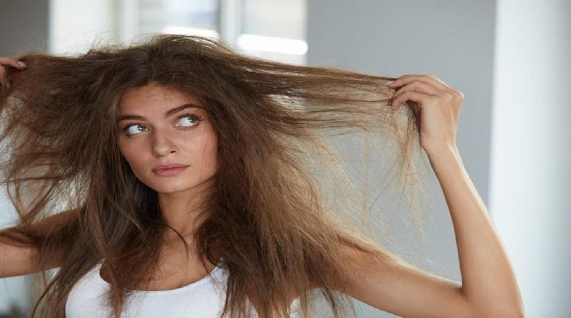 """142939173 115088417193045 4662059449187058873 o - """"مجلة عود"""" تقدم وصفة سريعة تخلصك من تقصف الشعر"""