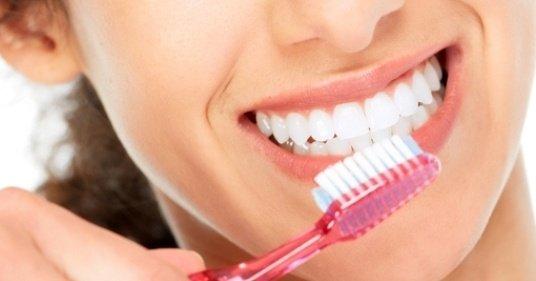 """154281119 129399959095224 8391995978183065520 n - ما الوقت المناسب لتنظيف الأسنان.. """"قبل الإفطار أم بعده"""""""