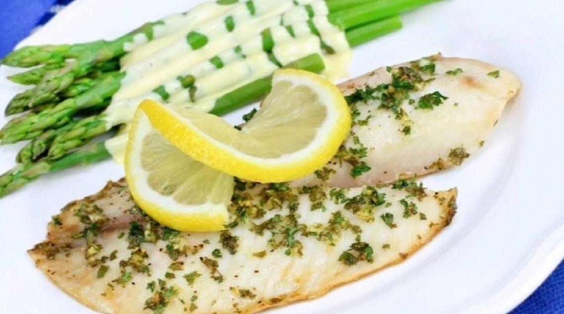 """154435894 129181519117068 775982945929770042 n 1140x635 - """"لعشاق المأكولات البحرية"""".. تعرف على طريقة عمل سمك الليمون والبقدونس"""