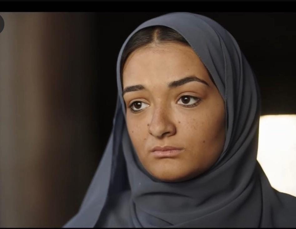 """زاهر - ملك زاهر تشعل الإنستجرام بـ""""الحجاب"""""""