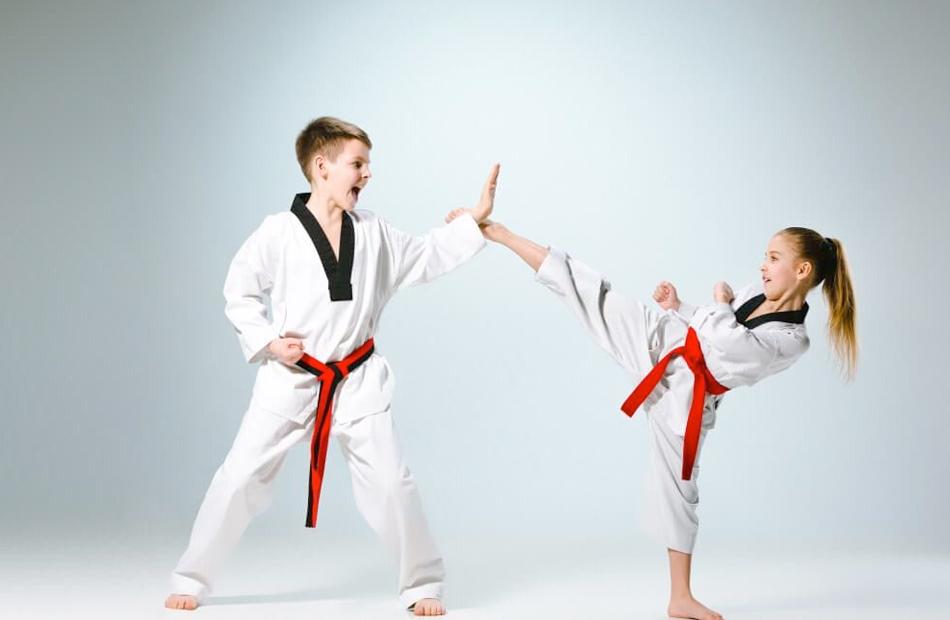19 2021 637536491080270429 27 - متى يحتاج طفلك إلى ممارسة الرياضات العنيفة لمواجهة أمراض العظام؟
