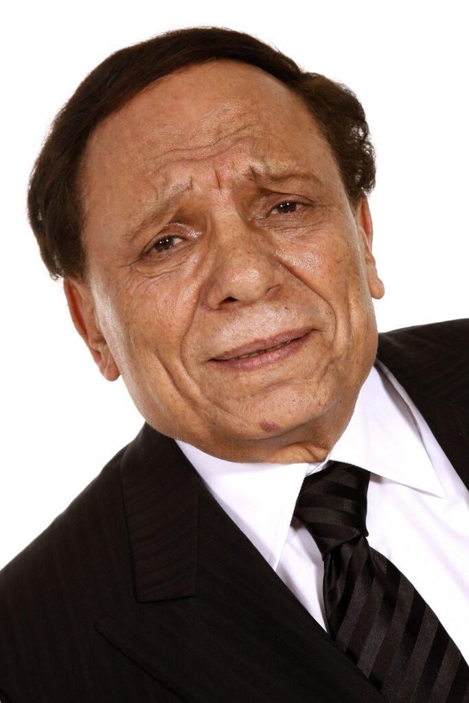 امام 683x1024 - في عيد ميلاد الزعيم عادل إمام.. أيقونة الضحكة في مصر