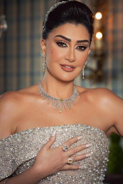 عبد الرازق 423x635 - غادة عبد الرازق تحصد جائزة أفضل ممثلة عربية بمهرجان أوسكار العرب بدبي