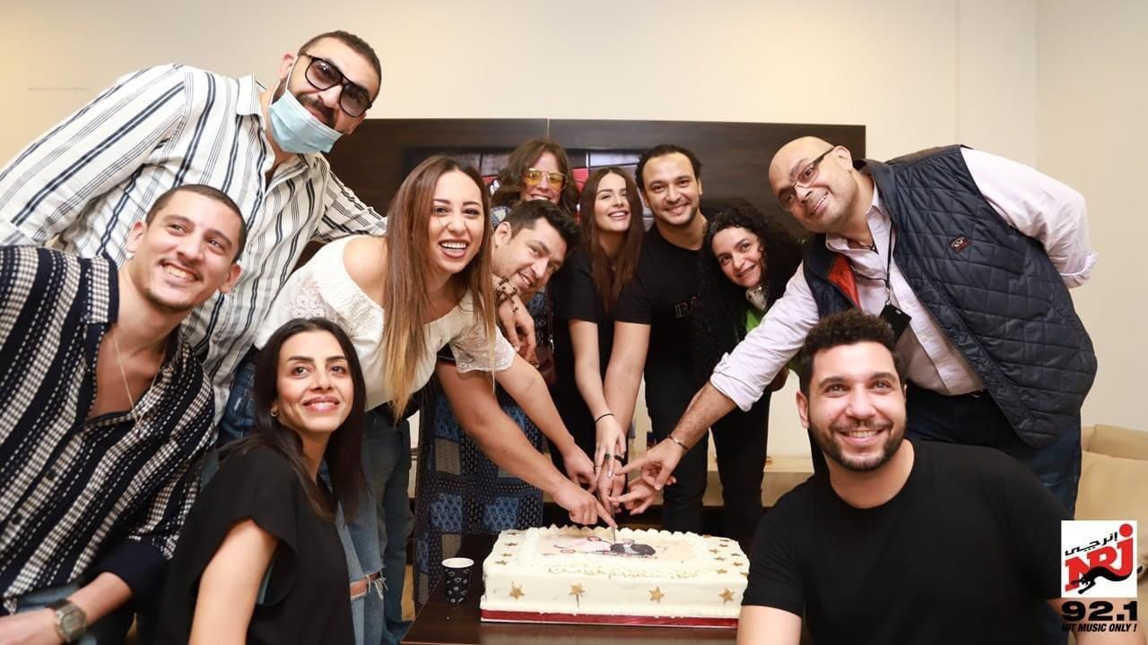 182647537 491437878947214 8912284286864714929 n - هنادي مهنا وأحمد خالد صالح يحتفلان بانتهاء تسجيل مسلسل «رحلتي من الشك إلى بلطيم»