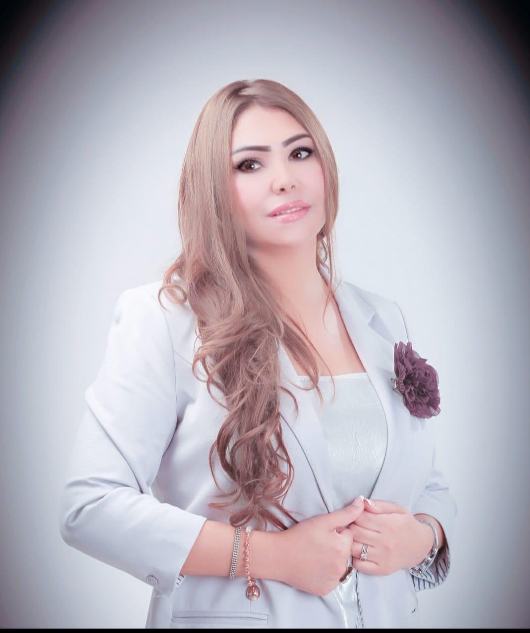 ابو العز - رشا أبو العز تستعد لتقديم برنامج اجتماعي جديد