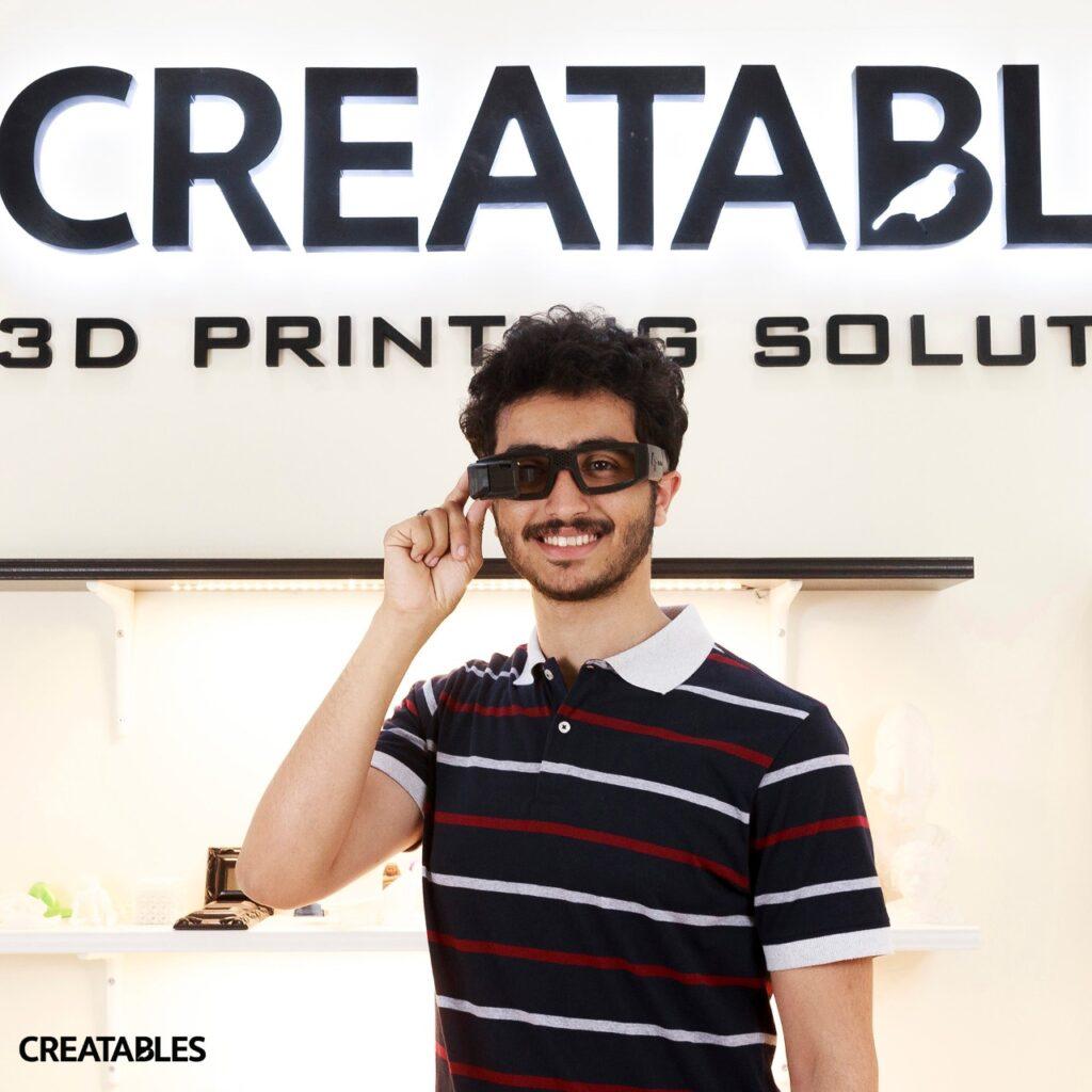 43ae82ee 0ef6 4d15 be13 d304d977f13f 1024x1024 - طالب هندسة يخترع نظارة تترجم الصوت للغة إشارة: بدأت في تنفيذ الفكرة منذ 6 سنوات|حوار