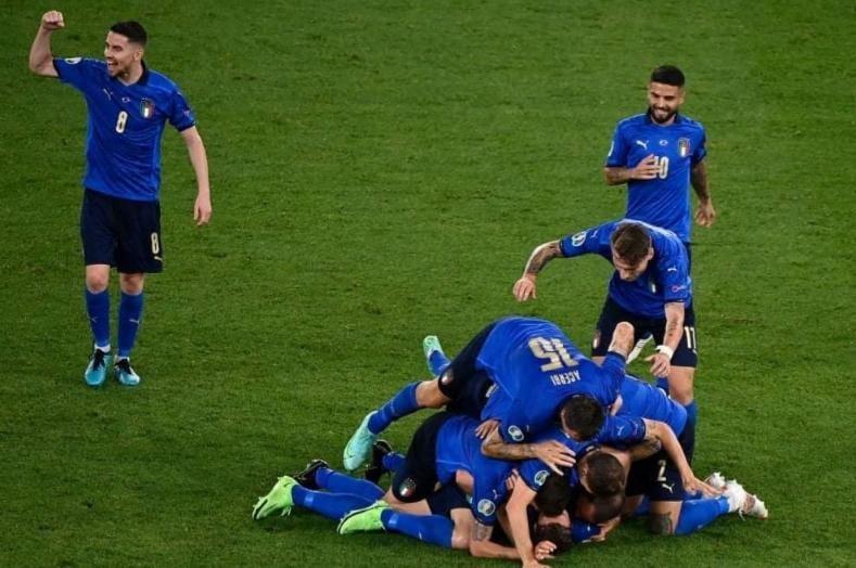 b3e55aa6 4b4b 431a be1a d108fc8dbc92 - إيطاليا أول المتأهلين لدور الـ 16 بعد الفوز على سويسرا بثلاثية