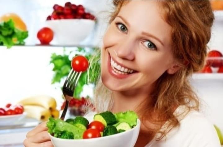 4B2B8999 A897 4AD3 BF6C 429C328EF50A - الصحة تدعو للاكثار من تناول الخضروات والفواكه .. لهذا السبب