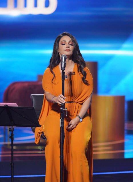 """DHAdtv 3 465x635 - ديانا حداد إيجابية وطموحة في برنامج """"مشاهير"""" على تلفزيون دبي"""