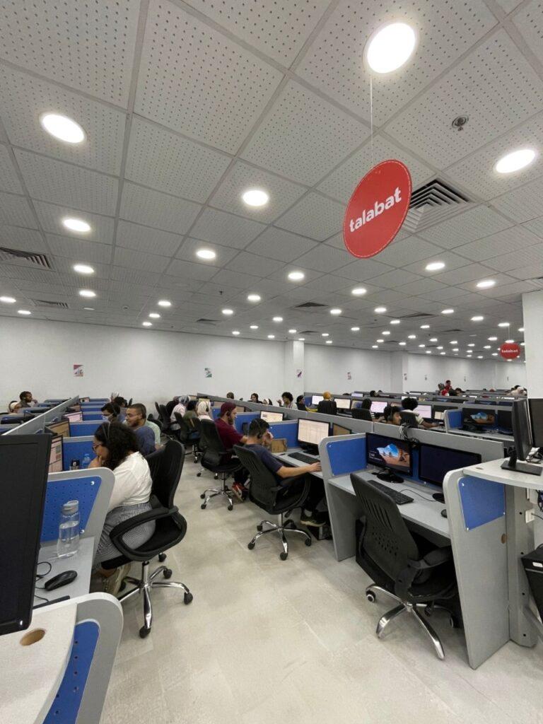 IMG 20210927 WA0051 768x1024 - طلبات تعلن عن تطوير مركز خدمة العملاء الإقليمي بالقاهرة